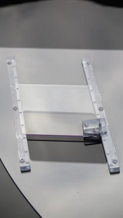 Otwierane szyby z poliwęglanu do auta