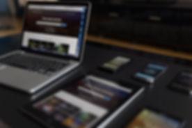 Los dispositivos electrónicos en la tabl