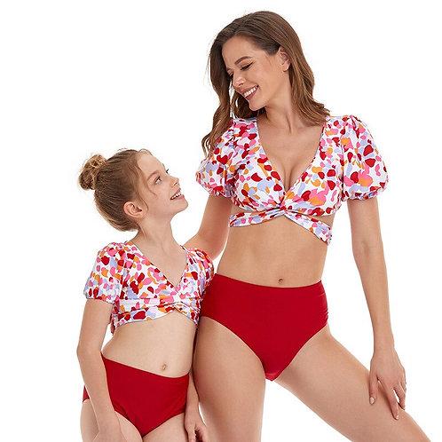 炫彩一夏親子泳裝Colorful summer parent-child swimwear