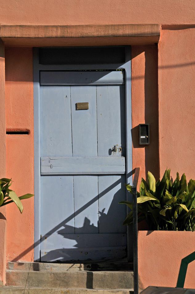 Blue door - Salmon house