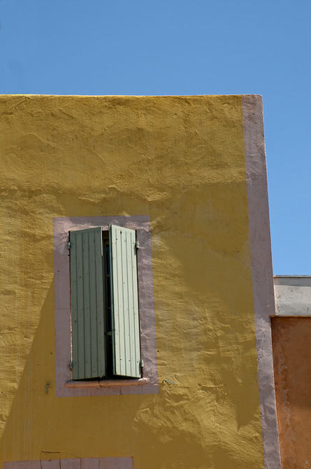 Yellow wall  Blue sky