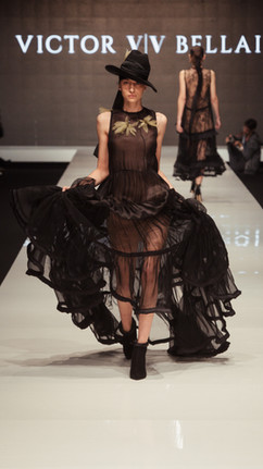 Vivi Fashion week ss 18 - by Natasha Zer