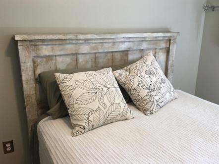 Farm house bed