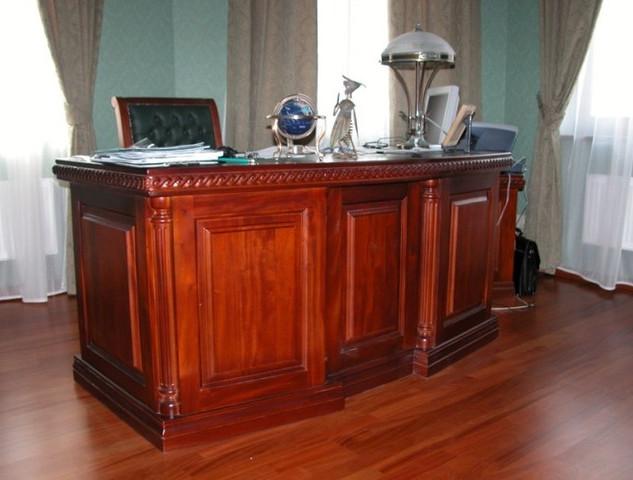 стол в кабинет (32).jpg