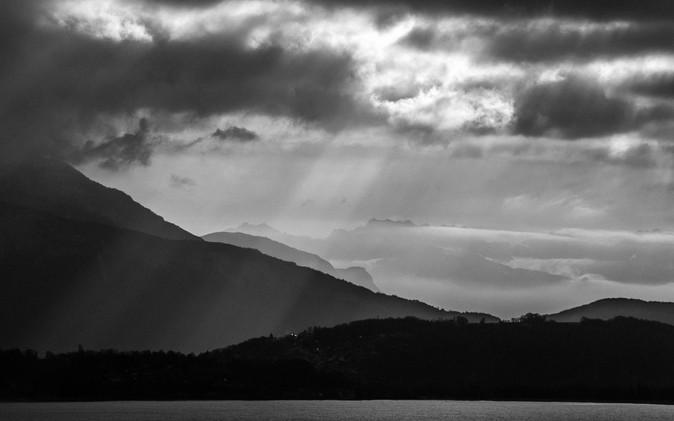 Lumière sur les Alpes