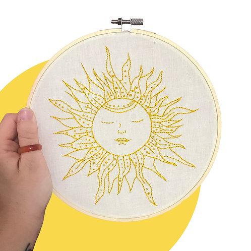'Sunny Sunny' Hoop Art