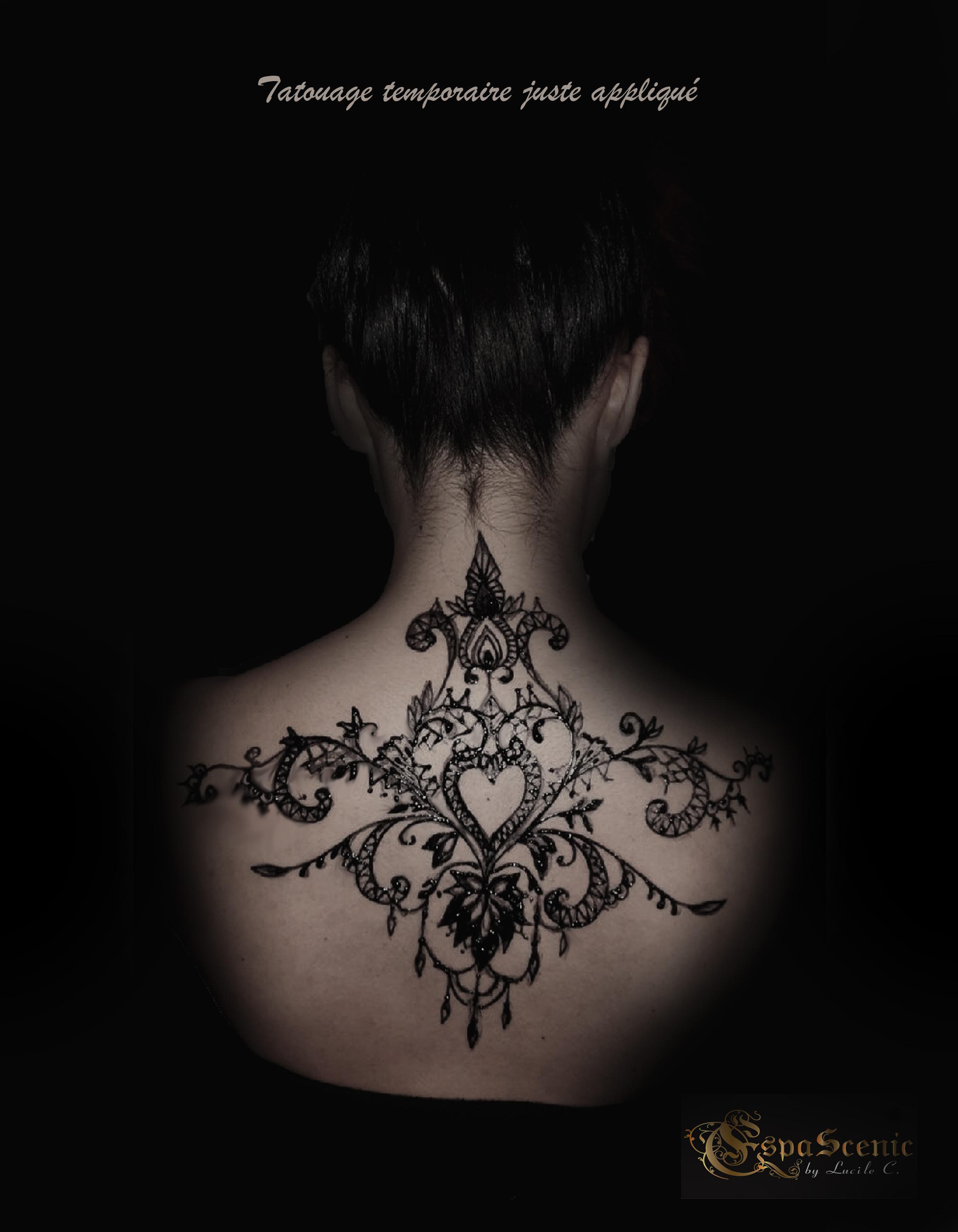 photo tatouage dos logo
