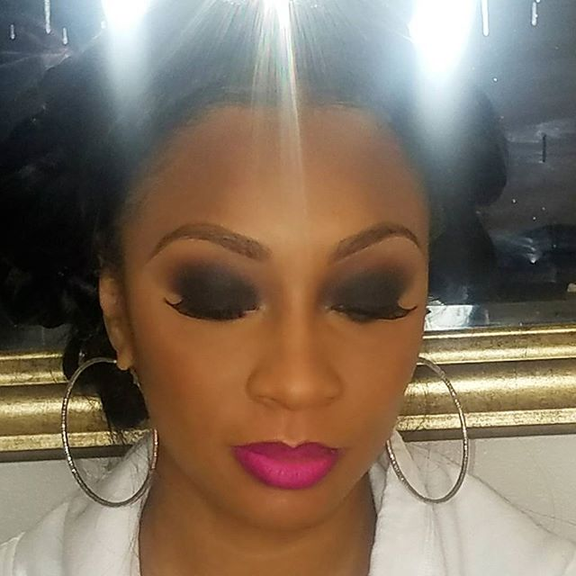 Love a smoked out eye! Rich and deep colors for the eyes are in for the holiday season. Ms. Monique