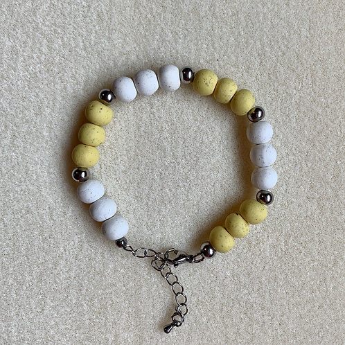Multi-Flower Trinity Bracelet