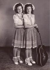 Mary Jane and Carolyn DeZurik