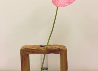 一輪挿しと、花々の振り返り