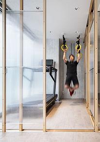 飯田橋ジム 有酸素運動と簡単な筋トレ・ストレッチを行えるセルフトレーニングスペース