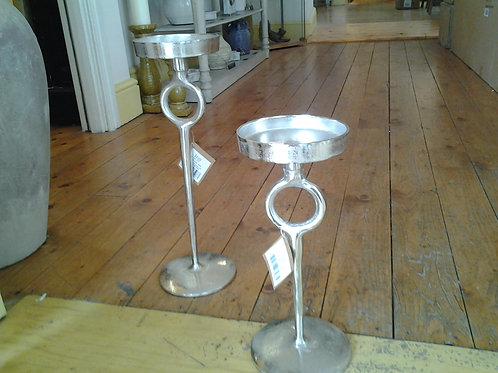 Ohlson Silver Cast Decor Candle Stand
