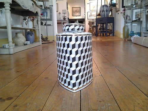Monochrome And Gold Illusion Pattern Jar
