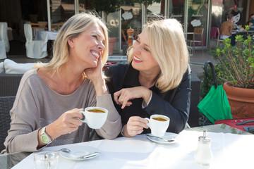 ¿Cuánto café o té es bueno tomar?