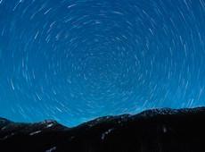 A long night over the Cascade Mountains