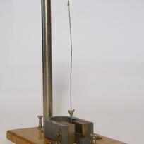 Pendolo elettromagnetico.JPG