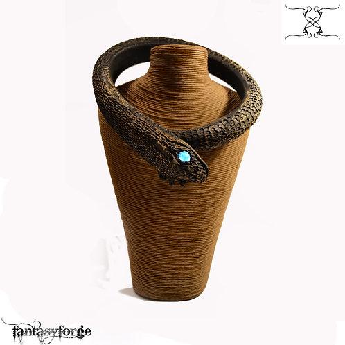 Collana di Serpente con occhi luminosi