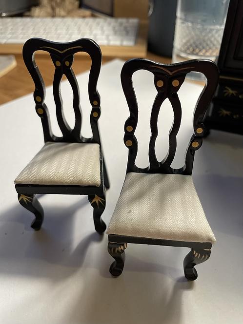1/12th chair x1