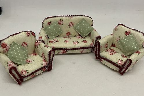 1/24th sofa with armchairs x2