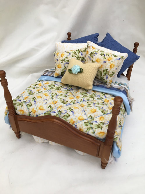 Double Poster Bed - Daisy
