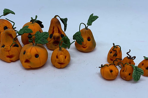 Pumpkin x1 (2 sizes available)