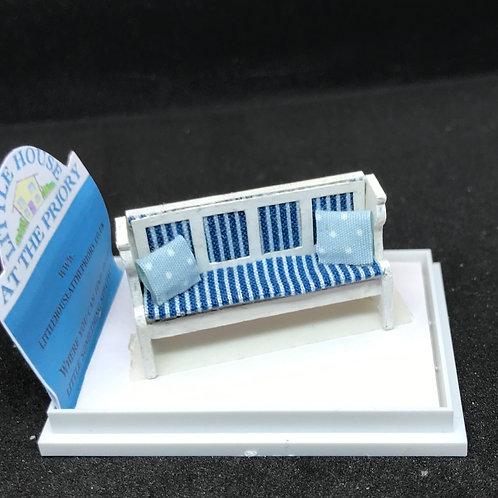 1/48th  - pew cream /blue