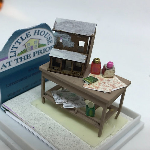 1/48th  - DOLLSHOUSE TABLE