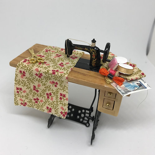 Pine Sewing Table