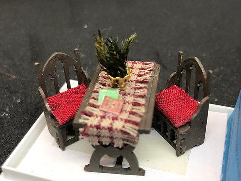 1/48th  - TUDOR TABLE CHCK