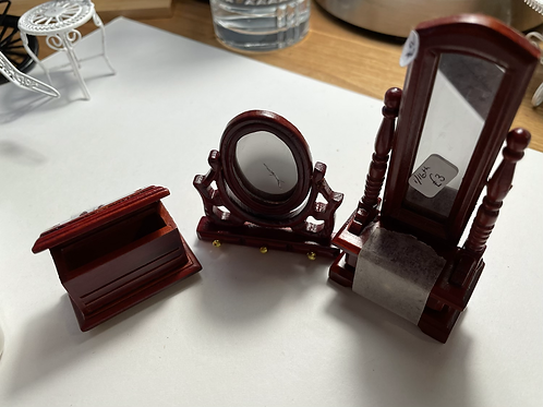 selection of 1/16th furniture bits