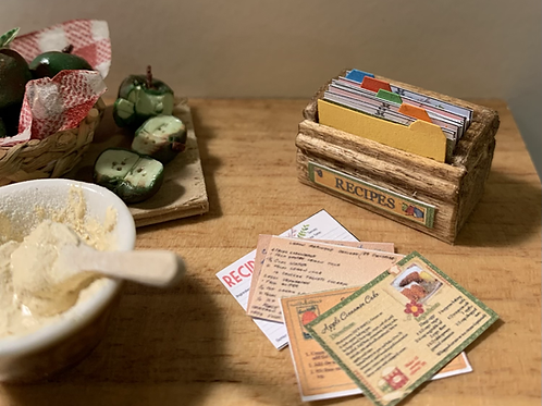 1/12th scale Recipe Box and cards