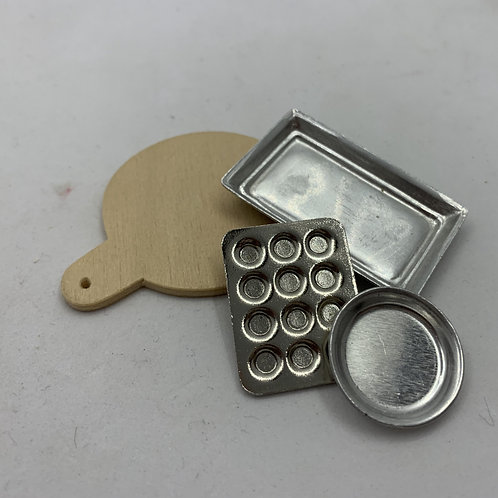 Wooden and Metal Trays Kit