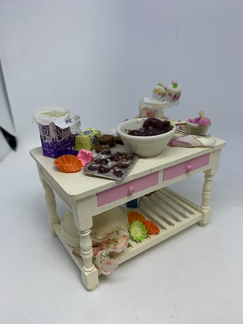 Cupcake Making Table