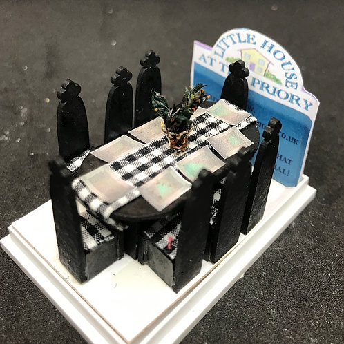 1/48th  - TABLE 8 GOTHIC OVAL
