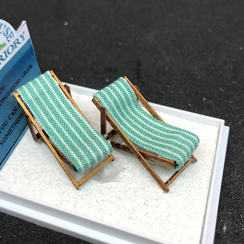 1/48th  - DECK CHAIRS TURQ
