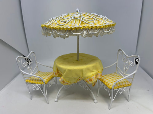 Yellow Garden Parasol Table and Chairs Set