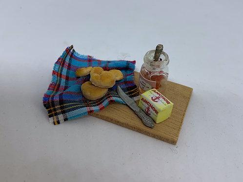 Croissant Board