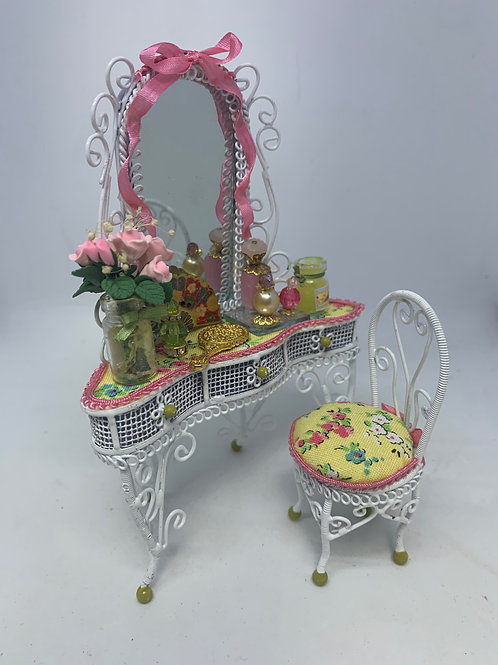 White Wire Dressing Table & Chair - pink