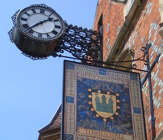 BH_Town Hall Clock_Paul Downey_flickr.jp