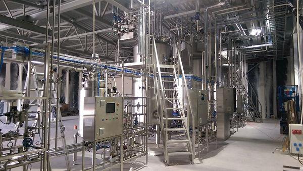 Whey waste recycling industrial bioreactors