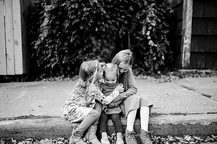 Wisconsin Outdoor Unposed Lifestyle Family Photographer Trempealeau