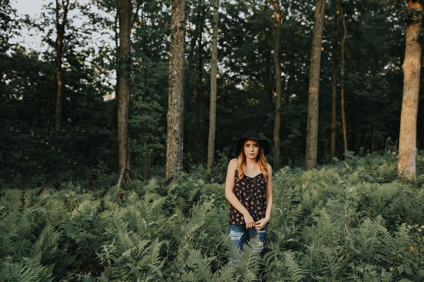 Whitehall Wisconsin Outdoor Unposed Lifestyle Senior Photographer