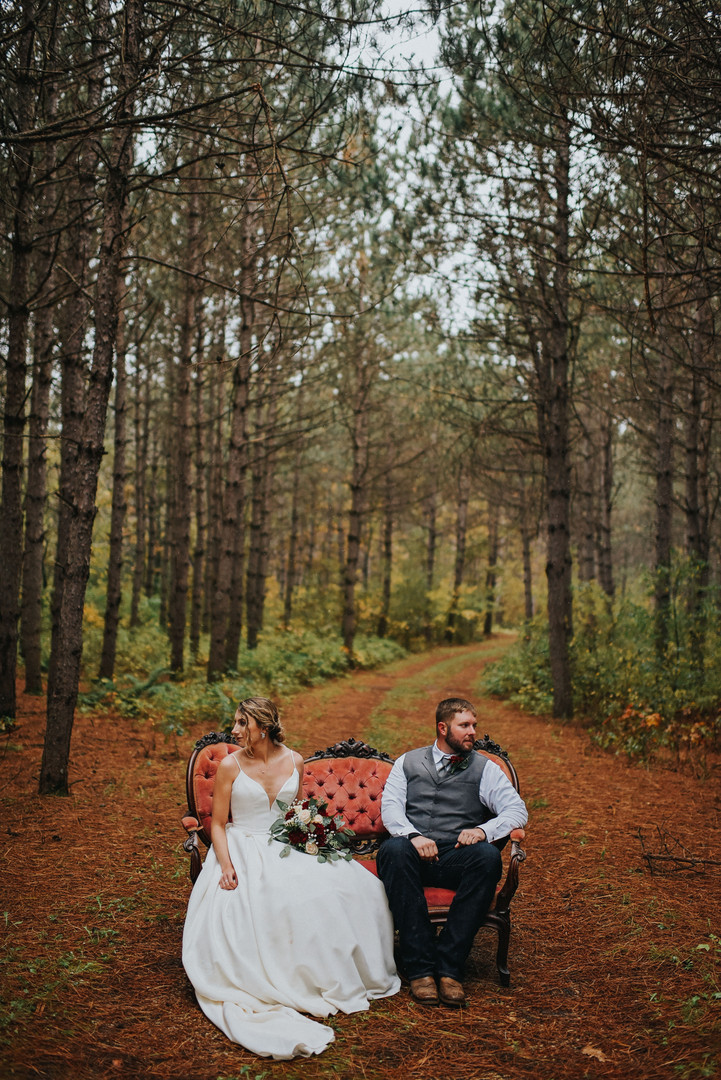 Hixton Wisconsin Outdoor Unposed Lifestyle Wedding Photographer Garden Valley Gatherings
