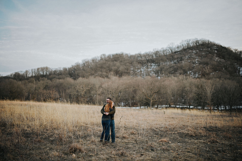 Trempealeau Wisconsin Outdoor Unposed Lifestyle Engagement Photographer Perrot Park