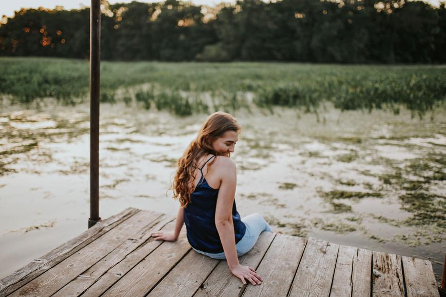 Perrot Park Trempealeau Wisconsin Outdoor Unposed Lifestyle Senior Photographer