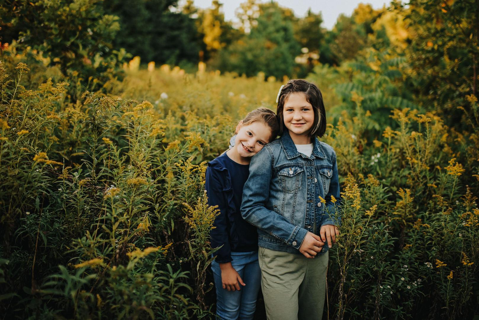 Whitehall Wisconsin Outdoor Unposed Lifestyle Family Photographer