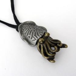 cuttlefish-necklace-02