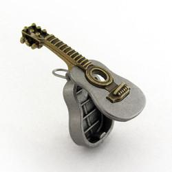 acoustic-guitar-locket-03