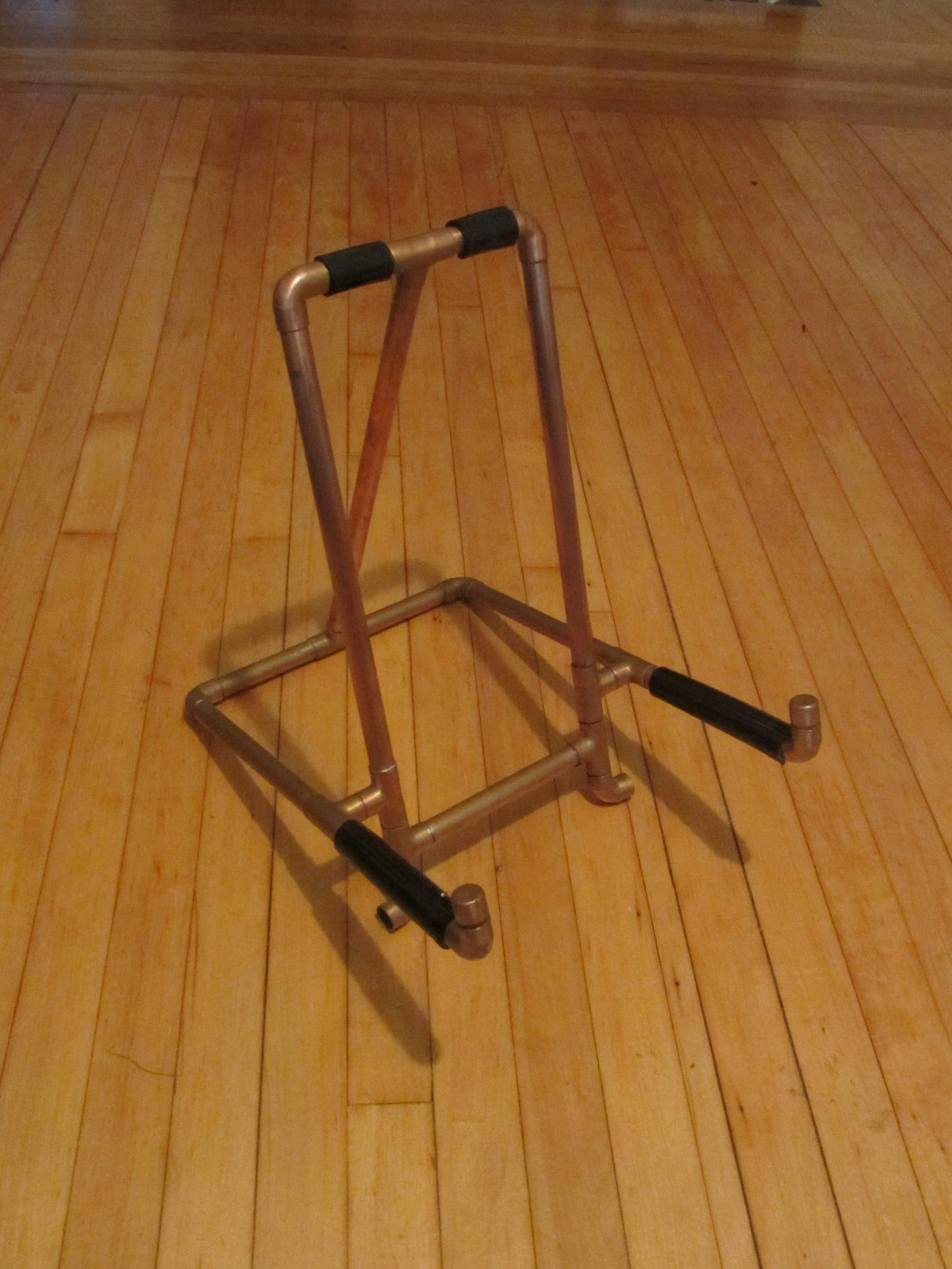 guitar-stand-02